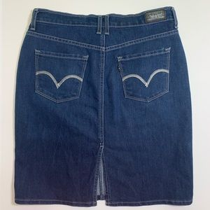 Levi's Jean skirt size 10